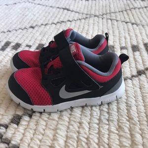 Boys NIKE Free slip on tennis shoes.  Size 10